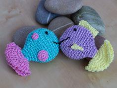 Zwei Fisch Quietscher - Two Fish Squeaker