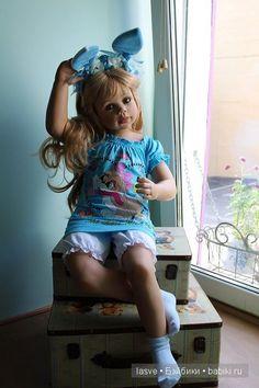 Аутфит vs Ушки. Кукла Моники Левениг / Коллекционные куклы Masterpiece dolls / Бэйбики. Куклы фото. Одежда для кукол