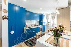 Bucătărie Quilt - Mobilier La Comandă - Fabrică București Beautiful Kitchens, Bathroom Lighting, Mirror, Inspiration, Furniture, Home Decor, Homemade Home Decor, Bathroom Vanity Lighting, Biblical Inspiration