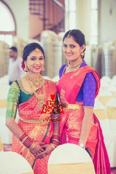 Browse photos, outfit & decor ideas & vendors booked from a real Kannada Modern & Stylish wedding in Bangalore. South Indian Sarees, South Indian Bride, Bridal Blouse Designs, Saree Blouse Designs, Traditional Blouse Designs, Saree Wedding, Bridal Sarees, Wedding Bride, Types Of Dresses