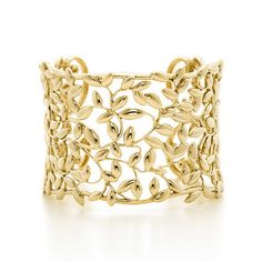 Paloma Picasso's Olive Leaf Collection Pays Tribute to the Olive Branch