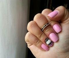Rosinha! #unhadasemana #nails #nailart #instanails #clubedoesmalte #AlgodaoDoce #ColeçãoArraiá #Topbeauty #todameiga