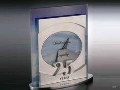 Crystal plaque on aluminum base Trophy Design, Les Oeuvres, Base, Crystals, Crystals Minerals, Crystal