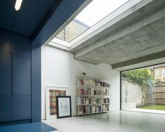 Slab House | Bureau de Change; Photo: Ben Blossom | Archinect