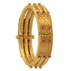 4 Antique Gold Kada Bangles from Prince Jewellery ~ South India Jewels Plain Gold Bangles, Gold Bangles Design, Gold Jewellery Design, Gold Jewelry, Bridal Jewellery, Antique Gold, Antique Jewelry, Vintage Jewelry, Antique Bracelets