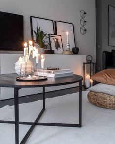 Lovely saturday evening all of you! - - Lovely saturday evening all of you! Living Room Remodel, Home Living Room, Room Inspiration, Interior Inspiration, Black And White Living Room Decor, Estilo Interior, Apartment Interior, Interior Livingroom, Kitchen Interior