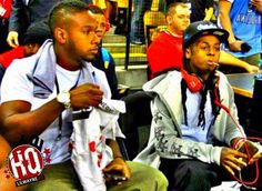 "50 Cent Talks About The Criticism Lil Wayne Gets, Says ""Dedication 5"" Was Dope- http://getmybuzzup.com/wp-content/uploads/2014/01/242515-thumb.jpg- http://getmybuzzup.com/50-cent-talks-criticism-lil-wayne-gets-says-dedication-5-dope/- By Danny M  While chatting to Complex at the 2014 Consumer Electronics Show in Las Vegas, 50 Cent was discussing how when a music artist reaches a certain level of success and fame, people will always compare their new music to their old pro"