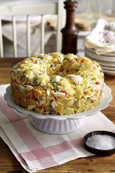 Unser beliebtes Rezept für Cremiger amerikanischer Kartoffelsalat und mehr als 55.000 weitere kostenlose Rezepte auf LECKER.de.
