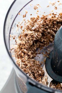 Individual Beef Wellington with Mushroom Sauce - Jessica Gavin Beef Wellington Sauce, Wellington Food, Chilli Chicken Recipe, Chicken Recipes, Individual Beef Wellington, Beef Wraps, Tenderloin Steak, Baked Ziti, Mushroom Sauce