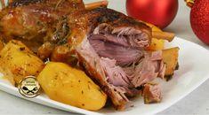 Κότσι Αρωματικό με φανταστική μαρινάδα, ψημένο στη γάστρα! Diet Recipes, Cooking Recipes, Diet Meals, Pastry Cake, Pot Roast, Food Styling, Food To Make, Main Dishes, Pork
