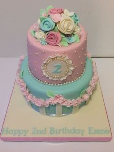 Shabby Chic birthday cake - Cake by The Rosebud Cake Company - CakesDecor