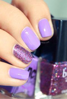 Lilac/ sparkles nail art!!!!