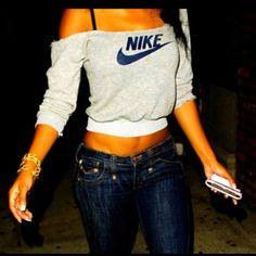 vêtements femmes Nike / Nike clothing for women