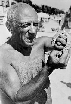Cote d'Azur, 1951: Pablo Picasso//Robert 🔹🔹♦️🔹More Pins Like This At FOSTERGINGER @ Pinterest 🔹♦️🔹