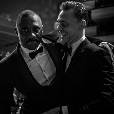 Tom Hiddleston and Idris Elba. Behind the scenes at the Bafta TV awards – in pictures. Source: The Guardian http://www.theguardian.com/tv-and-radio/gallery/2016/may/09/bafta-tv-awards-behind-the-scenes-in-pictures Via Torrilla, Weibo (Full size image: http://ww1.sinaimg.cn/large/6e14d388gw1f3phkmg0tmj24m032wnpe.jpg )