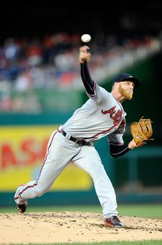 WASHINGTON, DC - AUGUST 12: Mike Foltynewicz #26 of the Atlanta Braves pitches in the second inning against the Washington Nationals at Nationals Park on August 12, 2016 in Washington, DC. (Photo by Greg Fiume/Getty Images)