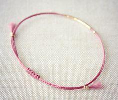 Original Lucia / Burgundy Friendship Thread Bracelet por Riemke