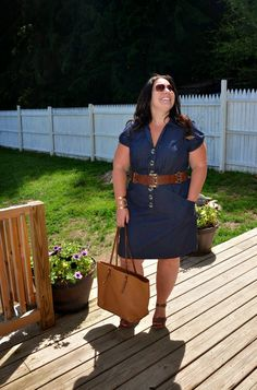 Full Figured & Fashionable: DENIM dress, love this belt!
