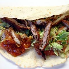 Csirkés taco házi tortillával és kétféle szósszal Recept képekkel -   Mindmegette.hu - Receptek