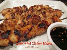Sweet Heat Chicken Kabobs - a favorite for tailgating or dinner with the family. I especially like that it doesn't take as much cook time as a whole chicken breast. Chicken Kabob Recipes, Chicken Kabobs, Chicken Fajitas, Grilling Recipes, Cooking Recipes, Chipotle Chicken, Honey Chicken, Top Recipes, Bbq Chicken
