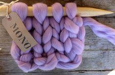 1 LB / 450 gr - Unspun Yarn - CHUNKY Blanket Yarn - Giant yarn- Super Chunky Yarn - Lavender -