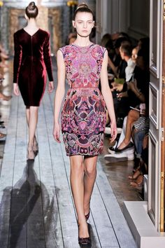 Valentino Fall 2012 Couture Collection