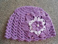 Un grand marché - Vendez, achetez des créations fait main et 100%  françaises. crochet bebe bonnet ... 954d5f5764c