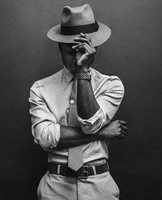 Trend portrait photography poses for men 10 - Life Hack Sharp Dressed Man, Well Dressed Men, Mode Masculine, Photographie Portrait Inspiration, Poses Photo, Photo Shoots, Men Photoshoot, Photography Poses For Men, Men Fashion Photography