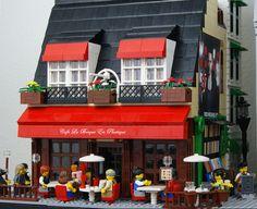 Lego Parisian Cafe