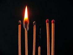 Toename burn-outs. Wat is een burn-out nu precies? Wat zijn de symptomen? En waarom neemt het aantal burn-outs steeds meer toe?