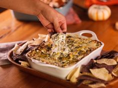 Make and share this Green Chile Spinach Dip recipe from Genius Kitchen.