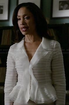 Jessica's white ruffled jacket on Suits. Outfit Details: http://wornontv.net/36023/ #Suits