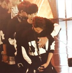 Woah woah there Chanyeol O___O  - Chanyeol gorping on Kai