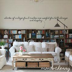 The African Cottage: Kreative Ideen mit Vintage Holzkisten Vintage Bookshelf, Crate Bookshelf, Bookshelves, Library Shelves, Vintage Wooden Crates, Cheap Office Decor, Shelving Design, Quirky Home Decor, Piece A Vivre