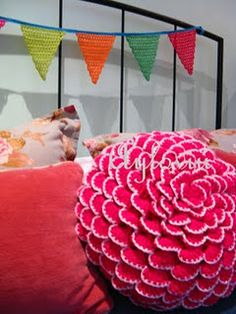 gorgeous pink crochet pillow by ayloviu