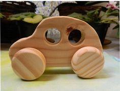 Mini-Carrinho em madeira - modelo 2 Wood Kids Toys, Wood Toys, Children Toys, Felt Cupcakes, Push Toys, Wooden Car, 3d Puzzles, Designer Toys, Woodworking Projects