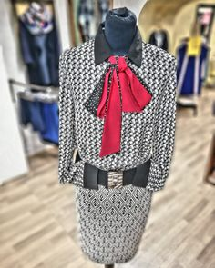 #outfitdna #fashionstorebook #outfitbook #woman #oblecenie #sukna #bluse Dna, Ootd, Woman, Outfits, Instagram, Outfit, Clothes, Clothing, Style