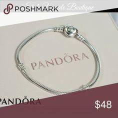 🌷 Pandora Silver Charm Bracelet 🌷 Heart Clasp Bracelet... Like new  🅿️🅿️ Available 🚫 Trades  ❤️❤️ please visit my Face_book boutique page  https://m.facebook.com/styleupscaleboutique/?ref=bookmarks Pandora Jewelry Bracelets