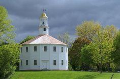 """16-sided """"Round Church"""", Richmond, Vermont"""