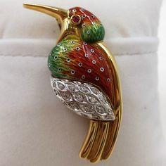 "18 Karat Yellow Gold ""Hummingbird "" Pin/Pendant with Enamel"
