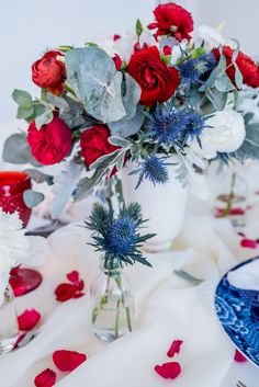 We teamed up with the talented team at Engaging Invites and our favorite party planner, Colin Cowie, to bring you this gorgeous of July party! Fourth Of July Decor, 4th Of July Celebration, 4th Of July Decorations, 4th Of July Party, Patriotic Party, Fouth Of July Crafts, July 4th Wedding, Blue Centerpieces, Collor