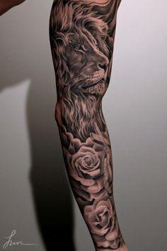 Джунча (Juncha) известный тату мастер черно — серой татуировки. Этот Лев на руке поистине эпичен и захватывает своим мастерским и совершенным исполнением.