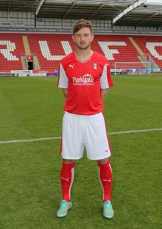 This is the new Rotherham home kit Rotherham United's new home strip for the upcoming Championship season. Made by Puma, the new Millers' kit was officially unveiled on May Rotherham United, Soccer Shirts, New Blue, Pinterest Marketing, Social Media Marketing, Kit, Third, Football, News