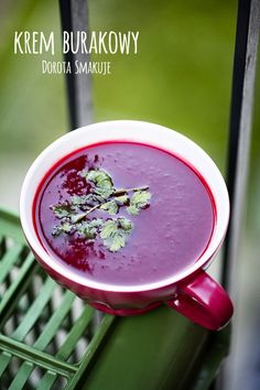 Krem burakowy - dieta dr Dąbrowskiej Low Calorie Recipes, Healthy Recipes, Vegan Recepies, Polish Recipes, Beetroot, Soup Recipes, Good Food, Food And Drink, Healthy Eating