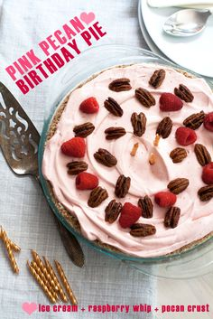 Frozen Pink Pecan Birthday Pie by Hungry Girl Por Vida