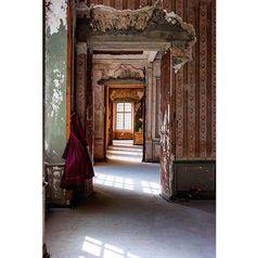 Beautiful interiors at the Chateau de Gudanes