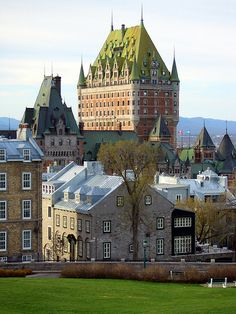 Chateau Frontenac from the Citadelle of Quebec (by JB by the Sea)