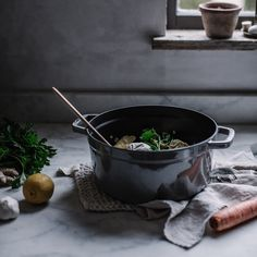 I starting feeling ill last night, and after a lot of research I think I've come up with the ultimate cure-all winter soup to christen my graphite grey @staub_usa cocette. It's a ginger lemon & garlic chicken noodle soup with hints of cayenne, honey, and cinnamon. It's going to save my life on this rainy day.