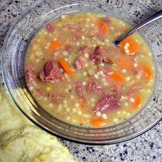 She Who Makes...: Leftover Ham Crockpot Soup