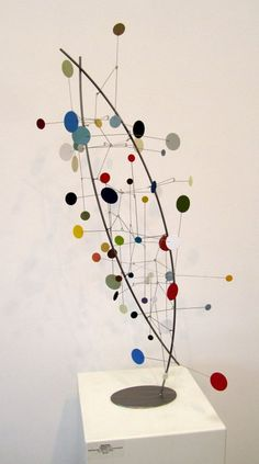 Brad Howe at The Frostig Collection (Bergamot closing). Seeing Howe& mobiles in a bright gallery is mesmerizing. I immediately thought of Calder (not . Hanging Mobile, Hanging Art, Sculpture Projects, Art Projects, Abstract Sculpture, Sculpture Art, Mobiles Art, Arte Linear, Mobile Sculpture